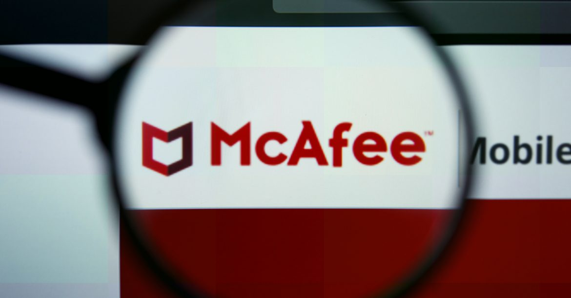 What is the Difference Between McAfee Livesafe and McAfee Internet Security